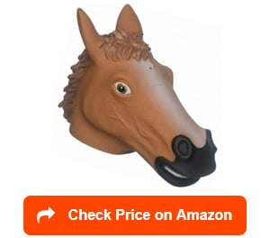 Accoutrements-Horse-Head-Squirrel-Feeder