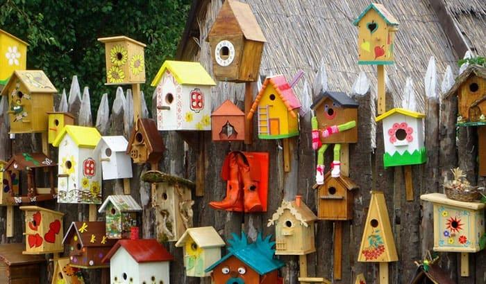 bluebird house with pole
